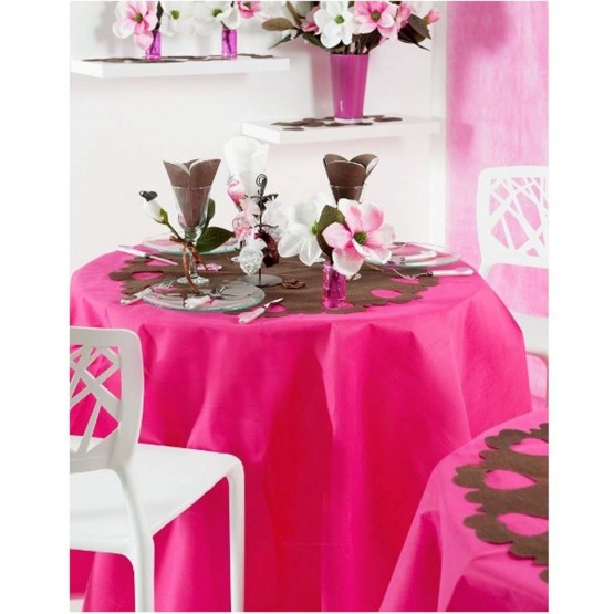 nappe ronde uni rose fushia 1m80 anti tache infroissable. Black Bedroom Furniture Sets. Home Design Ideas